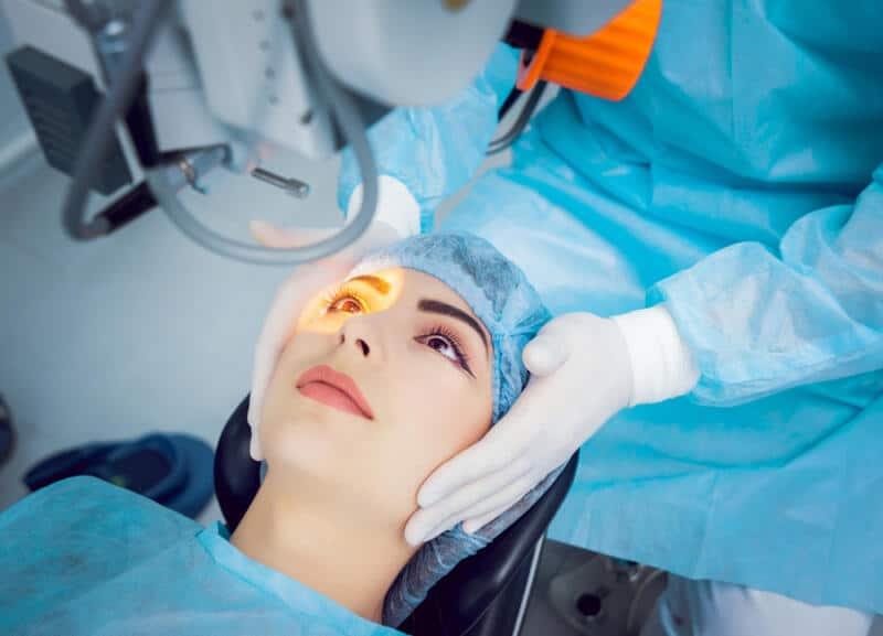 Cataract: Symptoms, Causes & Treatment